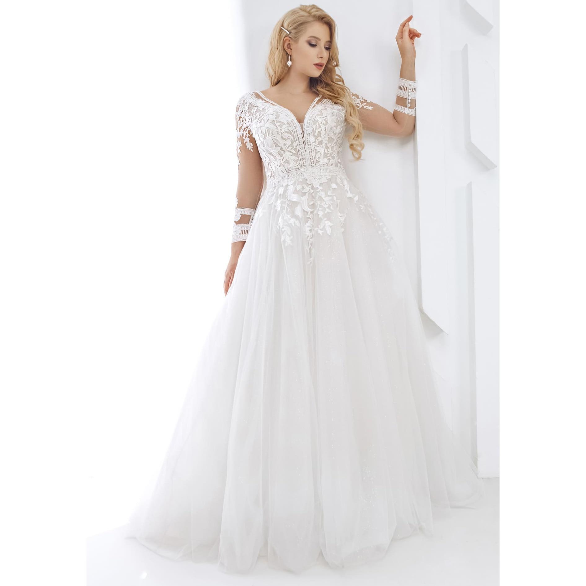 Custom Made Plus Size Long Sleeve V Neck Wedding Dress Lace Appliques A Line Bride Dress For Big Size Women