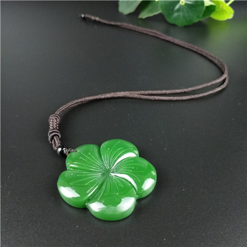 Natural Green Chinese Jade Clover Pendant Necklace Fashion Accessories Charm Jewelry Carved Amulet Gifts For Her Women Men