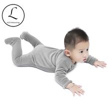 Nowonarodzone dziecko chłopcy dziewczęca z długimi rękawami kombinezony 2019 miękkie ciepłe aksamitne rozciąga się Footies Baby Romper body stroje ubrania tanie tanio velvet Dla dzieci 0-3 miesięcy 7-9 miesięcy 4-6 miesięcy Unisex Pasuje prawda na wymiar weź swój normalny rozmiar