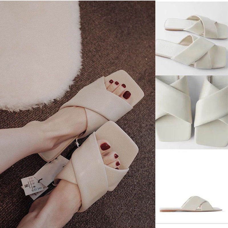 Summer 2020 Women's Flip-flops, Instagram Web Celebrity, The Same Style Of Square Head Sandals, Suitable For Women Wearing Sanda