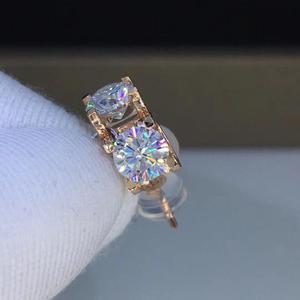 Image 1 - Poezja sklepu z żydami serce Moissanite Cut Total 1.00ct diamentowy Test przeszedł Moissanite kolczyki w kolorze różowego złota biżuteria prezent dla dziewczyny