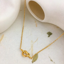 Monlansher Cute Hollow Knotted Heart Pendant Necklace Metal Titanium Steel Chain Necklaces Vintage Modern Necklaces Jewelry 2021