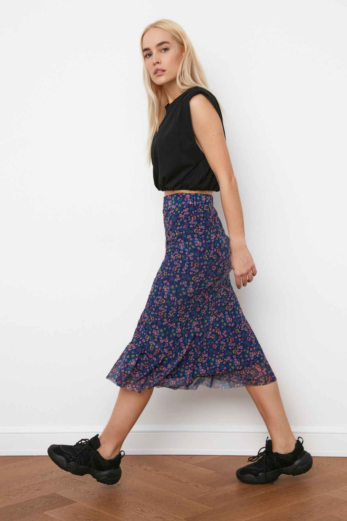 Trendyol Pattern Gauze Knitted Skirt TWOSS20ET0156