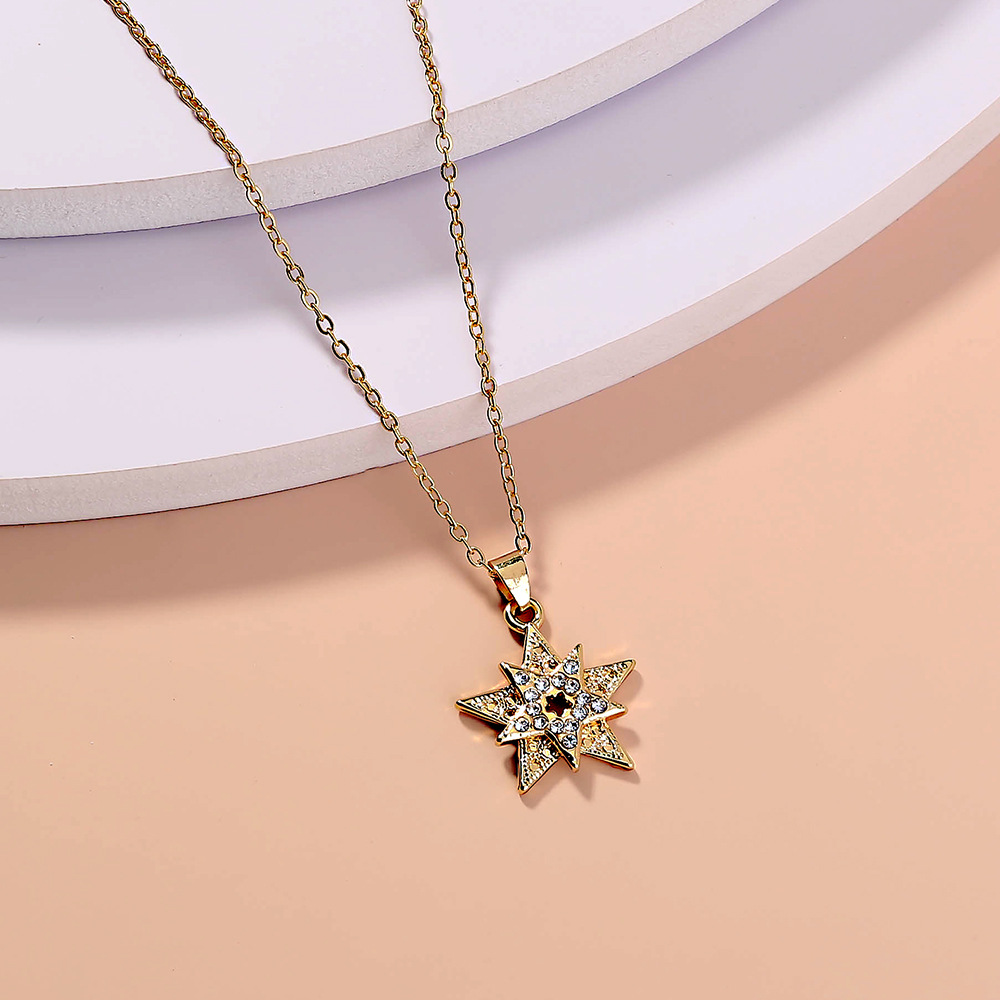 Retro studded five-pointed star hundred matching accessories, creative personality simple metal elegant ladies necklace