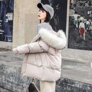 Image 1 - אופנה גדול פרווה צווארון סתיו מעיל נשים מעילים חדש חם נשי למטה מעיילי כותנה מרופדת מעיל נשים סלעית מעיל