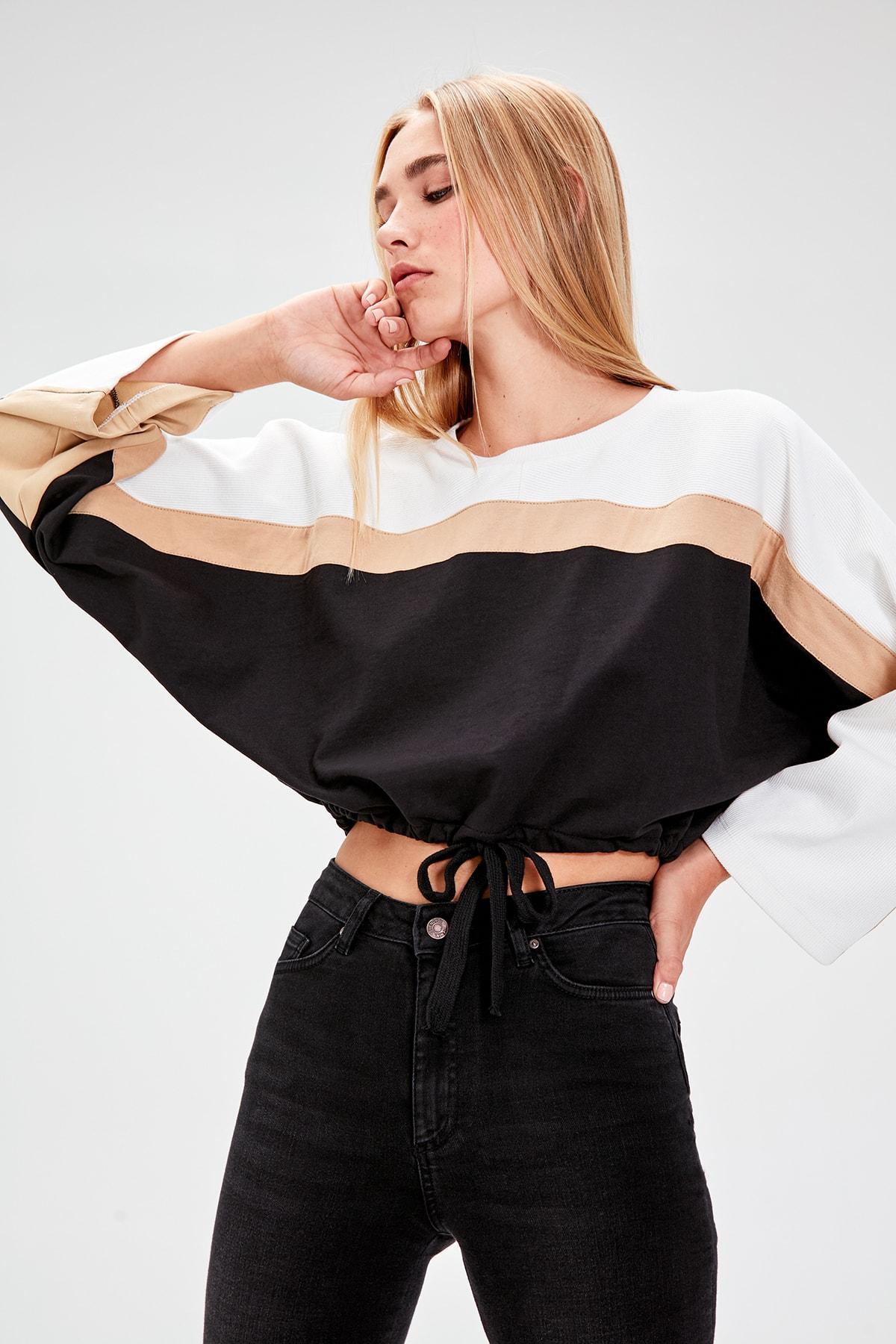 Trendyol Black With Color Block Knitted Sweatshirt TWOAW20SW0025