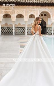 Image 3 - Nova chegada sexy a linha de cetim vestido de casamento 2020 v neck rendas até ilusão vestido de noiva vestido de novia plus size