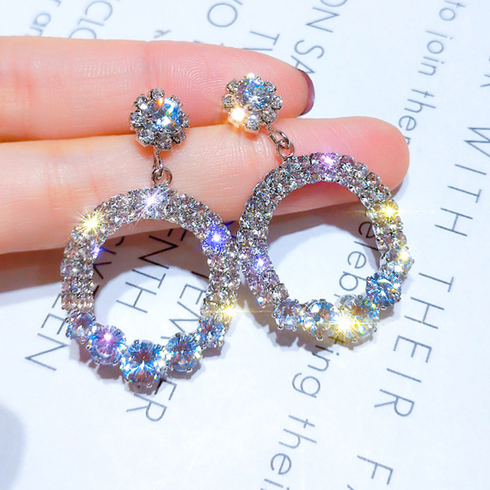Charm Earrings Fashion New Temperament Personality Circle Simple Geometric Crystal Shiny Ladies Earrings Wholesale