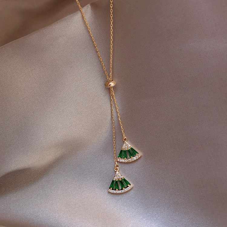 Hot selling green zircon crystal fan-shaped geometric necklace pendant necklace elegant party ladies necklace jewelry for women
