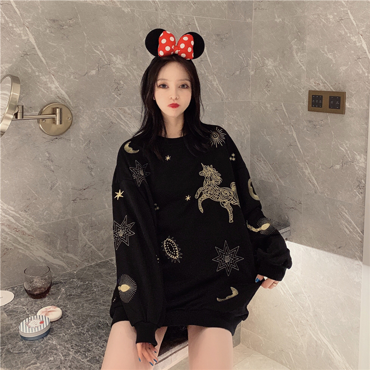 Women Fall Winter O-Neck Casual Sweatshirts Female Fashion Long Sleeve Star Horse Embroidery Pullovers Ladies Personality Top