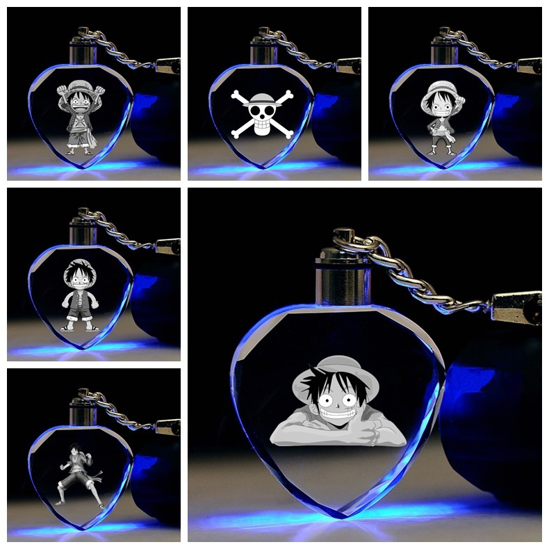 Anime One Piece Keychain Luffy Skeleton Logo Cute Funny Cartoon Heart Shaped Crystal Key Chain Pendant Jewelry Men Women Keyring