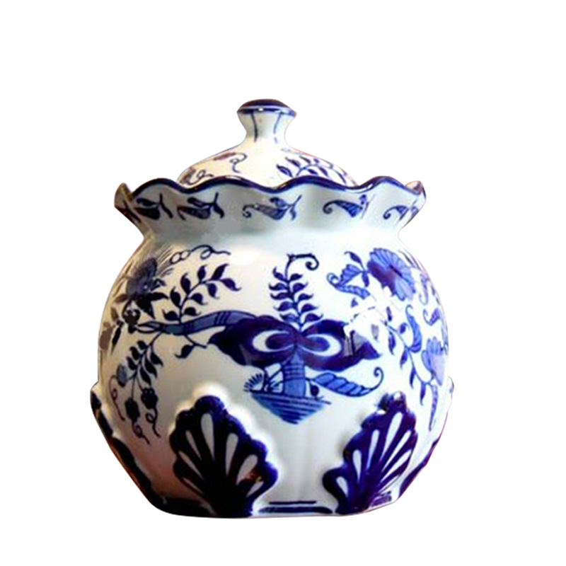 Jingdezhen Ceramic Chinese blue and white hand-painted petal shaped storage tank with cover for storing sealed porcelain can orn image