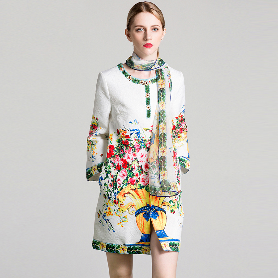 VERDEJULIAY Ruwnay Printed Coat 2020 Autumn Winter New Fashion Full Sleeve Flower Print Beading Diamond High Quality Long Coat