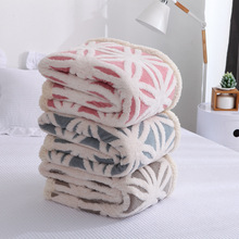 New Winter warm Flannel fleece bed covers blanket Snowflake throw blankets Jaquard bedspread double layer quilts 160*200cm 2019