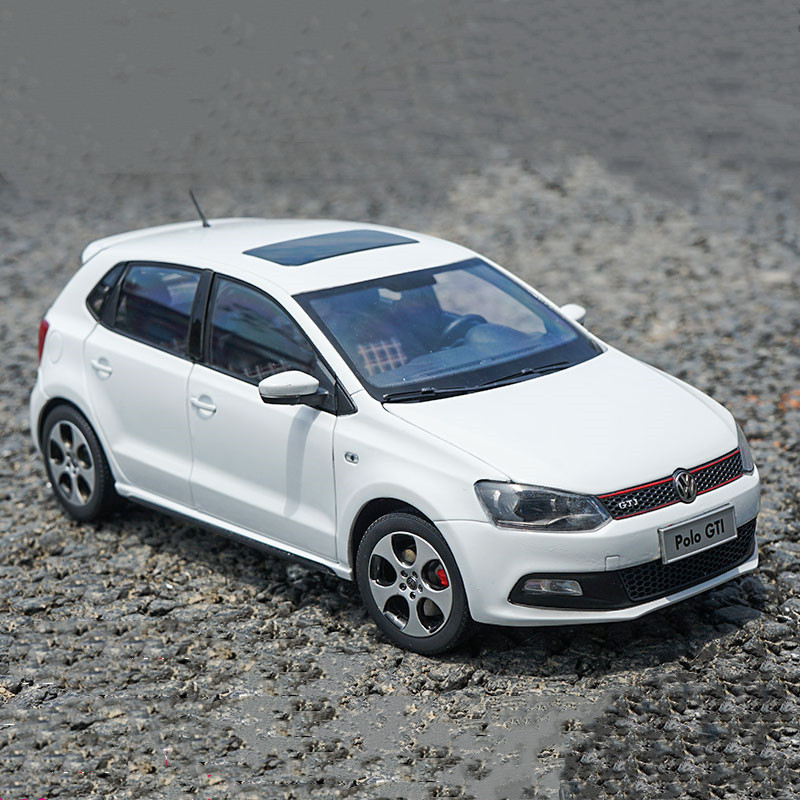 High Quality 1:18 VW POLO-GTI 2013 Alloy Model,simulated Die Cast Metal Sedan Model,exquisite Gift Collection,free Shipping