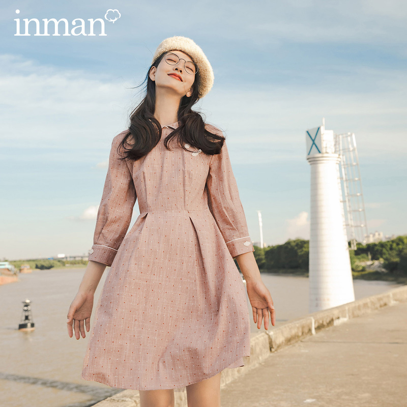 INMAN 2020 Autumn Winter New Arrival Retro Chinese Style Buckle Nipped Waist Slim Cotton Comfortable Dress