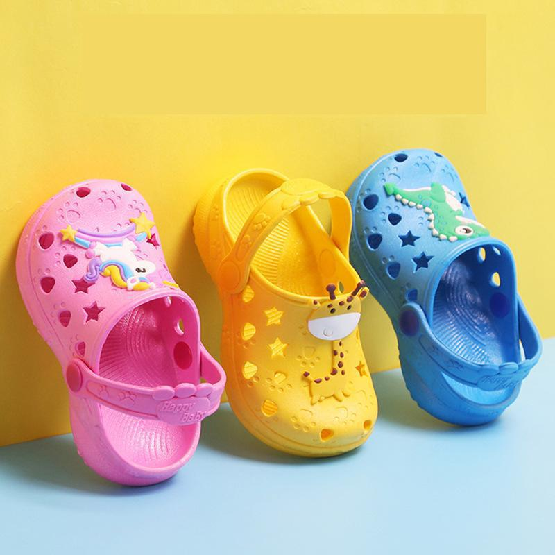 0-7 Years Kids Mules & Clogs Summer Boys Girls Croc Sandals Flat Heels Solid Color Cartoon Slippers Children Garden Shoes Y17