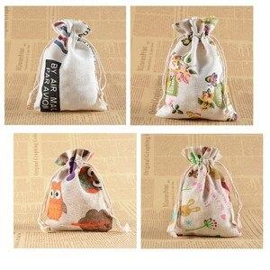 Image 2 - 10 stücke 10*14cm Gedruckt Baumwolle Leinen Bündel Tasche Cartoon Kordelzug Leinensack Candy Schmuck Muttern Cookie tasche Party Favors