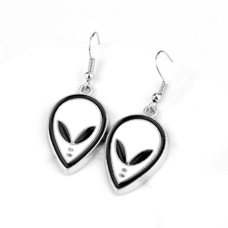 Boucles d'oreilles étrangères de l'espace extérieur émail étrangers tête boucles d'oreilles pour les femmes bijoux