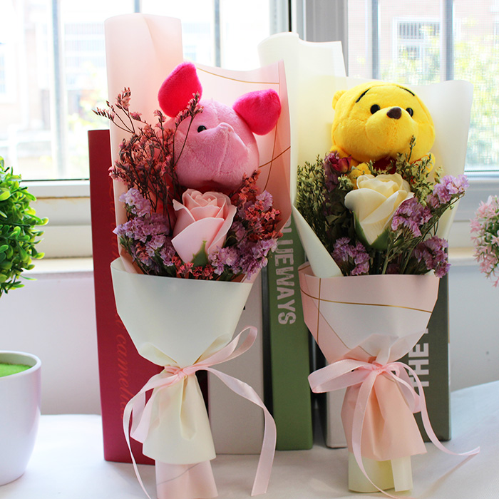 Promotion Cute Piglet With Soap Flowers Cartoon Bouquets Stuff Animal Plush Toys Creative Valentine Graduation Gift