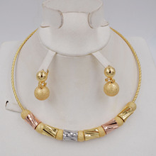 عالية الجودة Ltaly 750 طقم مجوهرات الذهب اللون للنساء الخرز الأفريقي مجوهرات موضة قلادة مجموعة القرط مجوهرات