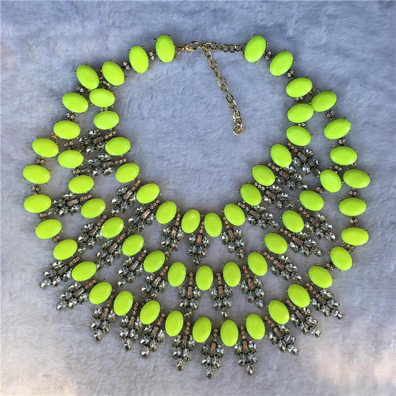 Женское колье чокер с кристаллами многослойное массивное ожерелье