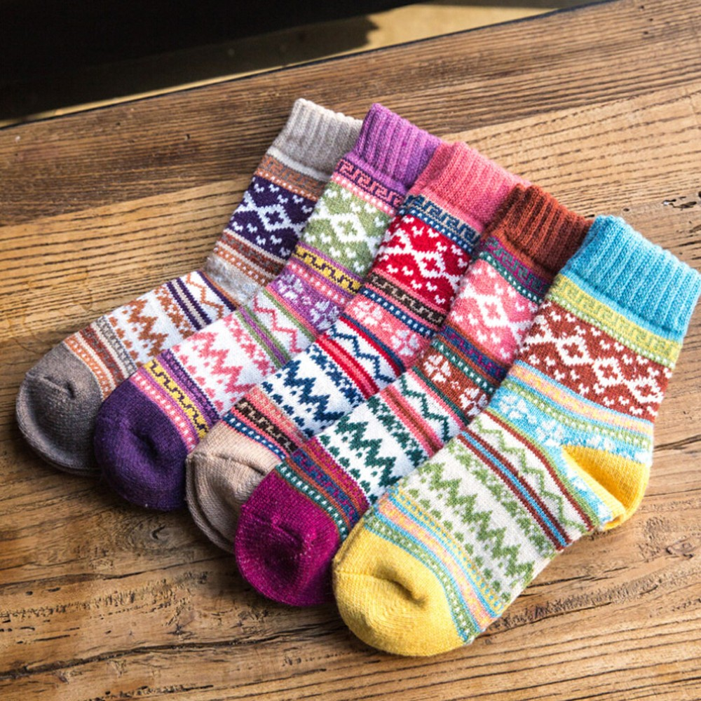 Ethnic Style Cashmere Socks Womens Vintage Winter Soft Warm Thick Cold Knit Wool Crew Socks Geometry Print Funny Casual Socks