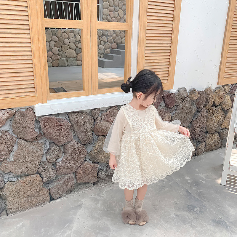 Image 3 - 2019 Autumn New Arrival korean style cotton all match princess lace grenadine long sleeve party dress for sweet cute baby girls-in Dresses from Mother & Kids