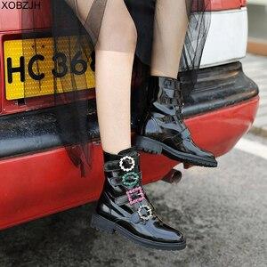 Image 4 - Дизайнерские черные ботинки со стразами; роскошные женские брендовые зимние ботинки из натуральной кожи; коллекция 2019 года; женские ботинки на плоской подошве