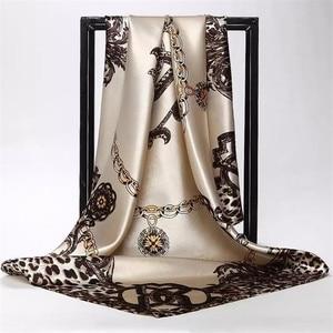 Image 2 - Zijden Sjaal Vrouwen Afdrukken Haar Nek Vierkante Sjaals Kantoor Dames Sjaal Bandana 90*90Cm Moslim Hijab Zakdoek Uitlaat foulard