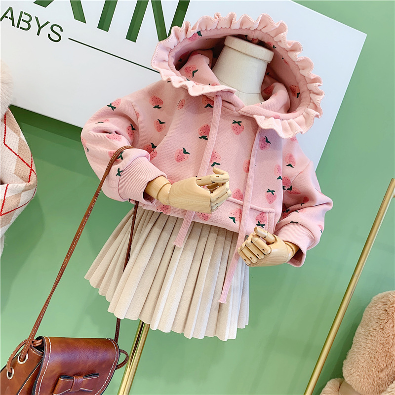Baby girl clothes thick winter warm sweater sweet cute little strawberry print hooded lace collar plus velvet sweater baby top