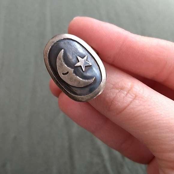 Новинка; В стиле ретро; В Овальный луна, звезда образец кольцо для женщин, кольцо, кольцо из нержавеющей стали с модным металлическим винтажн...