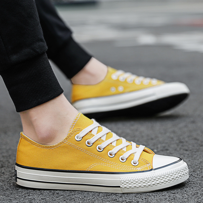 Women's Canvas Shoes Couple Board Shoes Fashion Round Head Flats Casual Shoes Women Thick Bottom Zapatos Mujer Big Size Sneakers
