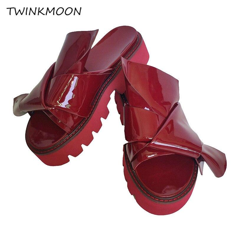 매듭 고무 샌들 특허 가죽 chunky 슬리퍼 플랫폼 슬라이드 캐주얼 패션 플랫 디자이너 신발 여름 2019 패션-에서중 힐부터 신발 의  그룹 1