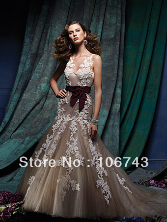 Free Shipping 2017 New Style Best Sexy Bride Wedding Custom Bridal Gowns Embroider Mermaid Sleeveless Lace Wedding Dresss