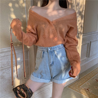 2019 Autumn New Arrival Korean Style Loose T shirt V neck Solid Color Green T shirt Long Sleeve T shirt Cardigan Free Shipping