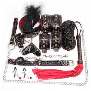 Kit de sadomasoquismo erótico de cuero para sexo esposas de Bondage, látigo para juegos sexuales, mordaza, pinzas para pezones, Juguetes sexuales eróticos para adultos