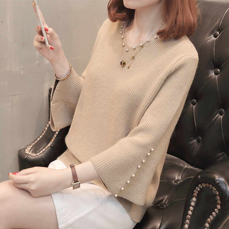 New 2019 Autumn and Winter Women Pearl Beaded Sweater V-Neck Long Sleeve Loose Women Knit Sweater and Pullover NS4403
