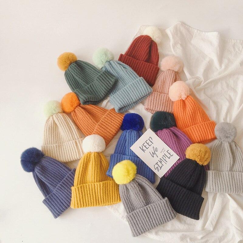 Chapeaux chauds tricotés d'hiver pour enfants, Style coréen, couleur unie, Pompon en cheveux de lapin, casquettes d'extérieur pour tout-petits, nouvelle collection