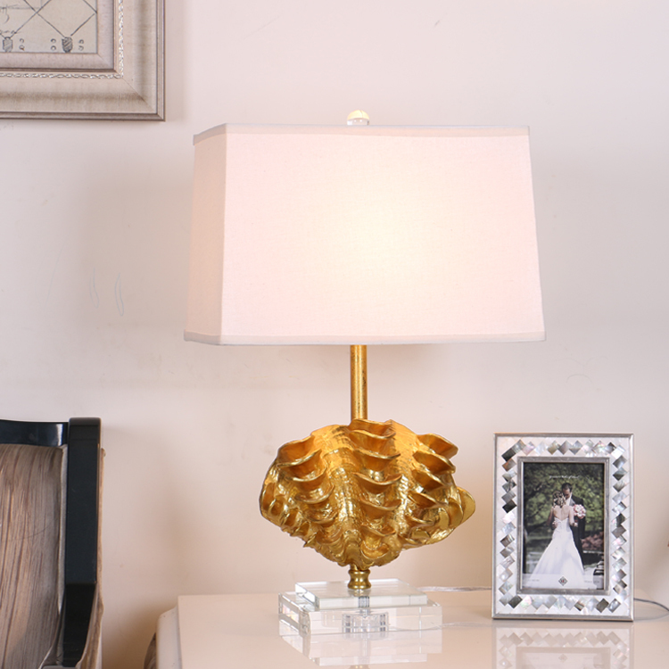 Us 143 38 Modern Gold Shell Sculpture Resin Table Lamps Fashion Bedroom Bedside Lamp E27 Hold Crystal Base Desk Lights Abajur Para Quarto In Led
