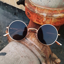 Gothic Steampunk Men Sunglasses Women Round Metal Vintage Sh
