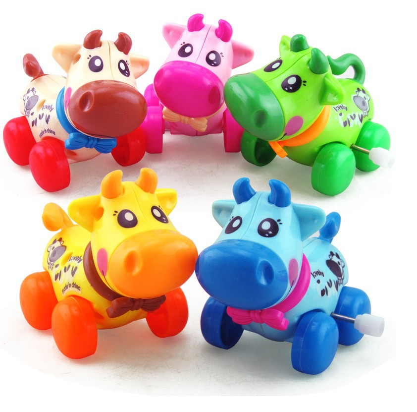 Children Item Educational Wind-up Toy Creative Winding Dairy Cattle Cartoon Animal Small Toy Sway Cow
