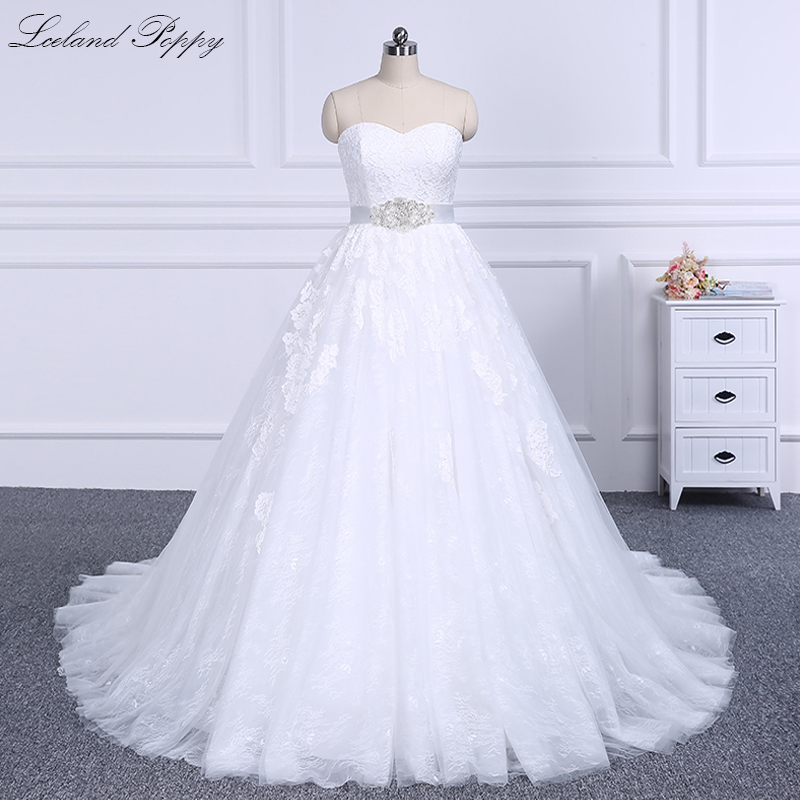 Lceland Poppy A-line Strapless Lace Wedding Dresses 2020 Sleeveless Floor Length Court Train Bridal Gowns With Beading Sashes