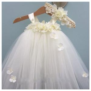 Image 2 - فستان فتاة الزهور الأبيض الكوبية للأطفال فستان عيد الميلاد بدون أكمام برقبة دائرية ورداء الأميرة منفوش للفتيات فستان توتو لعيد الميلاد