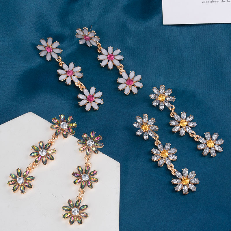 2020 New Fashion Korean Crystal Dop Earrings for Women Geometric Acrylic Flower Long Gold Dangle Hanging Earring Wedding Jewelry