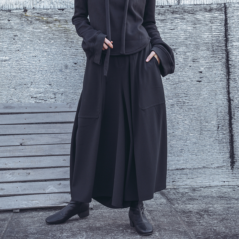 [EAM] 2021 Spring Woman Personality New Solid Black Color High Elastic Waist Pleated Pockets Long Loose Wide-leg Pants LI152