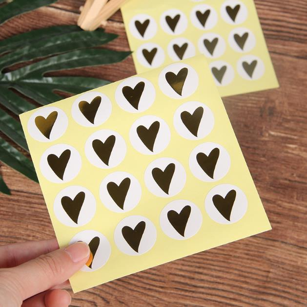 120pcs Golden Heart  Sealing Stickers Scrapbooking Gold Foil Paper Sticker Party Gift Packing Cake Baking DIY Handmade Labels