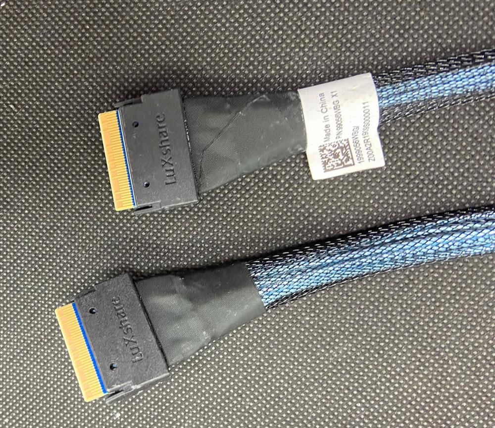 Slim SAS 4.0 SFF-8654 4i 38pin To SFF-8654 Raid Cable 79cm