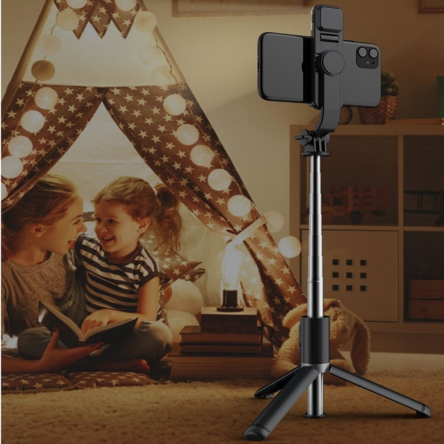 FANGTUOSI Wireless bluetooth selfie stick foldable mini tripod with fill light shutter remote control for IOS Android 4