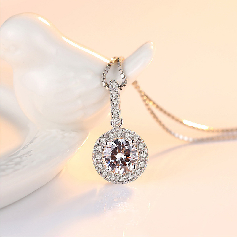 Silver Sterling S925 Necklace VVS1 Diamond 2 Carat Pendant For Women Wedding White Topaz Pure Natural Gemstone Pendants